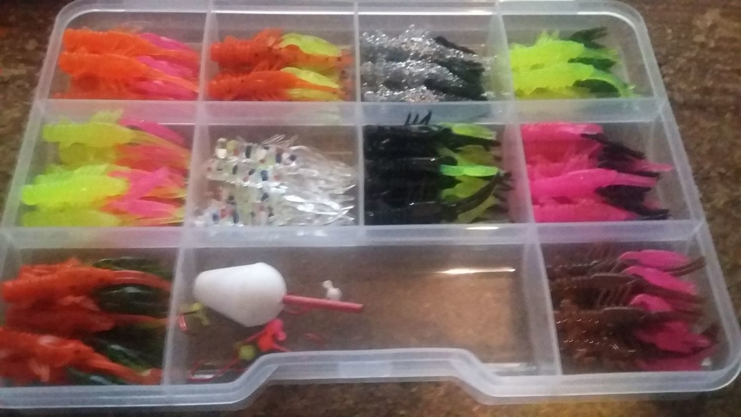 """80 piece 1.35"""" Crappie Claws Crayfish Doubles Kit"""