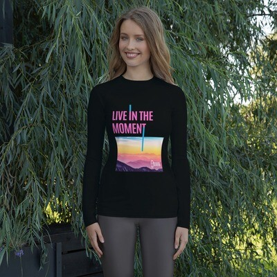Live in the Moment Hikerbabes Rash Guard
