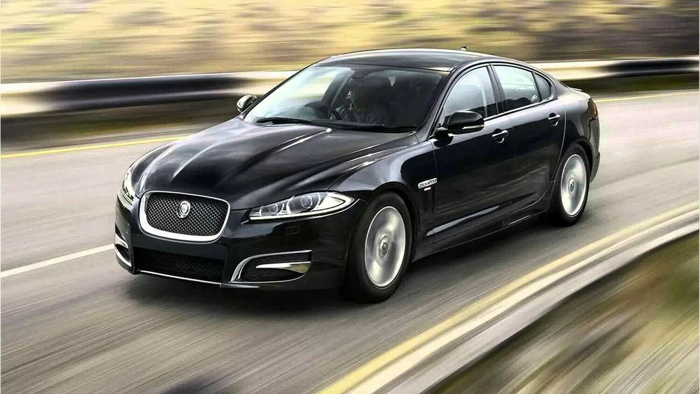 Jaguar XF 2.0i Bosch MED17.2 1037530111 CX23-14C204-MBE
