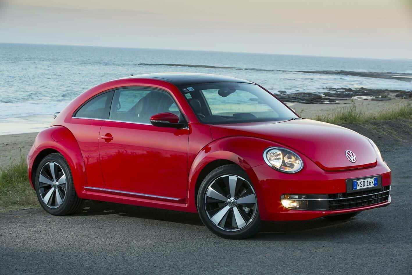 VW Beetle 2.0TDI EDC17CP14 1037544705 03L906019KA 8185