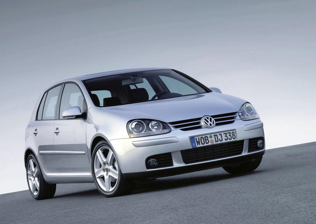 VW Golf 2.5MPI MED17.5 1037537542 07K906055AG 9971