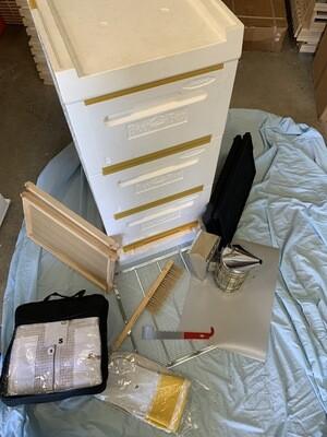 Bee Keeping Starter Kit 5 - Paradise 8 Frame plus Equipment