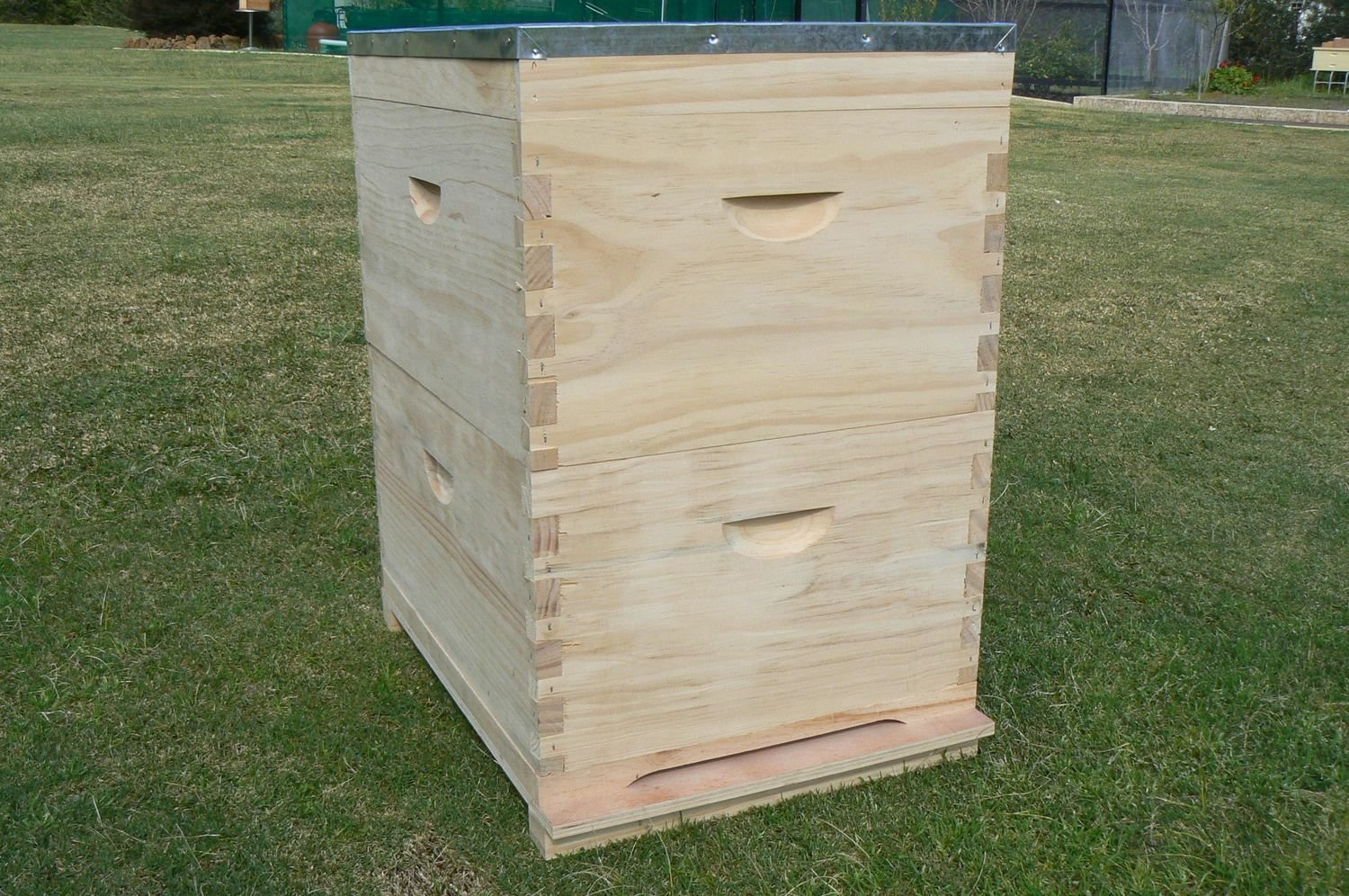 10 Frame hive combo - assembled - unpainted