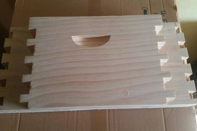 10 Frame Full Depth Box - Unassembled