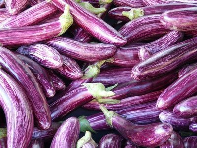 Fresh Brinjal (Aubergine) / වම්බටු, 500g