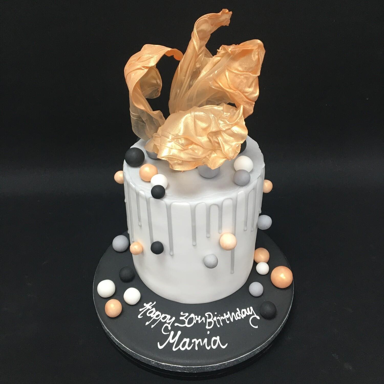 Sail cake with balls