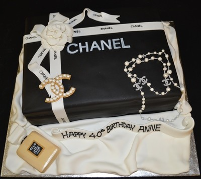 Chanel Gift Box on 16