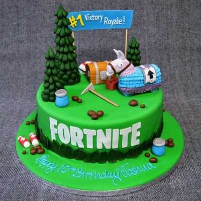 Fortnite Victory Royale! Cake