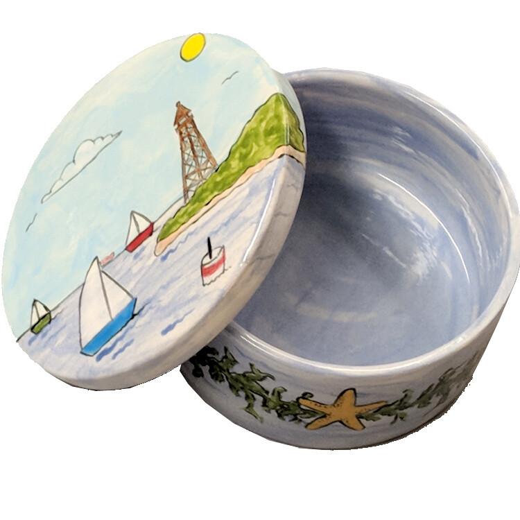 Marblehead Ceramics Round Starfish Harbor Box