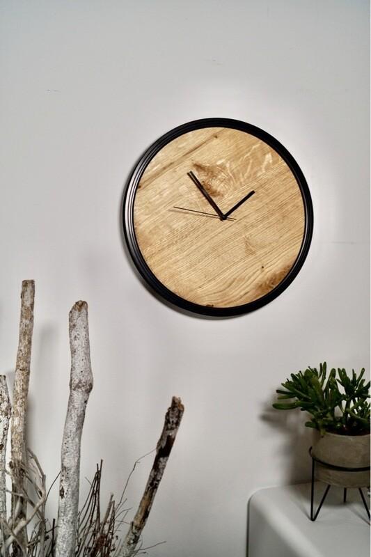 Wanduhr Holz ''Split Oak''