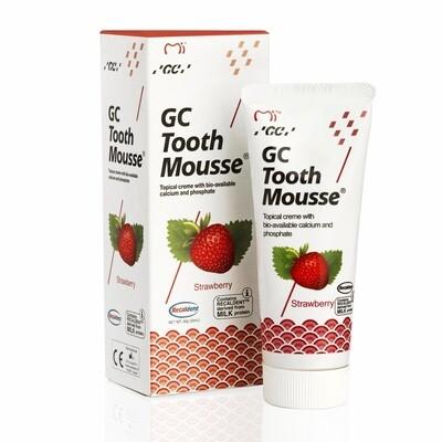 Реминерализующий гель GC Tooth Mousse со вкусом клубники