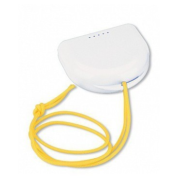 Miradent Dento-BOX White - футляр для хранения и транспортировки ортодонтических конструкций