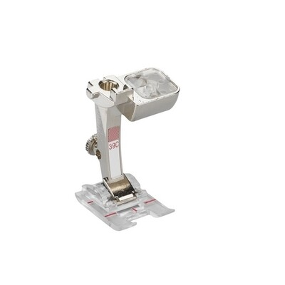 39-C-BERNINA-Embroidery-Foot-with-Clear-Sole