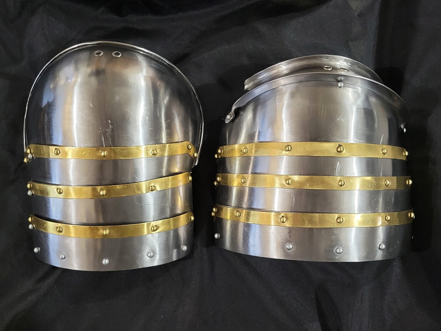 (HBC) Early 15th Century Style Shoulder Armour