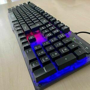 Teclado Gaming RGB