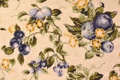 Delft Grapes-Blue/Cream