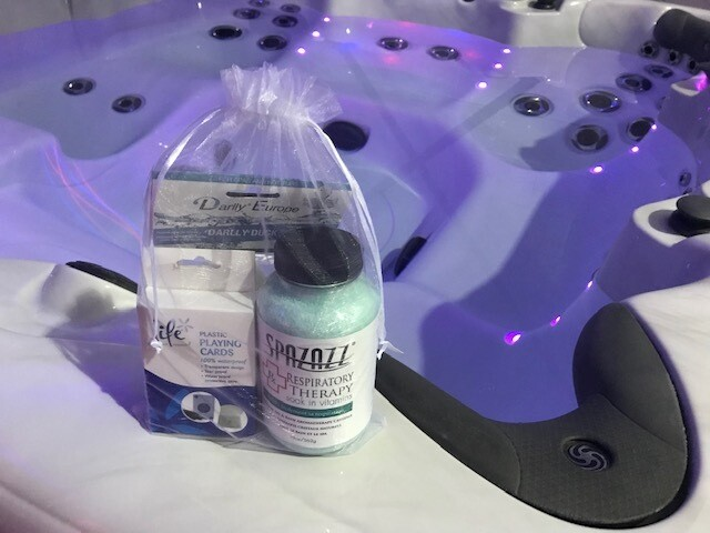 Deluxe SPAZAZZ Spa Gift Set