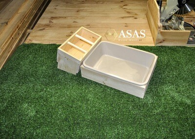 Rabbit Hay Feeder Low With Litter Box