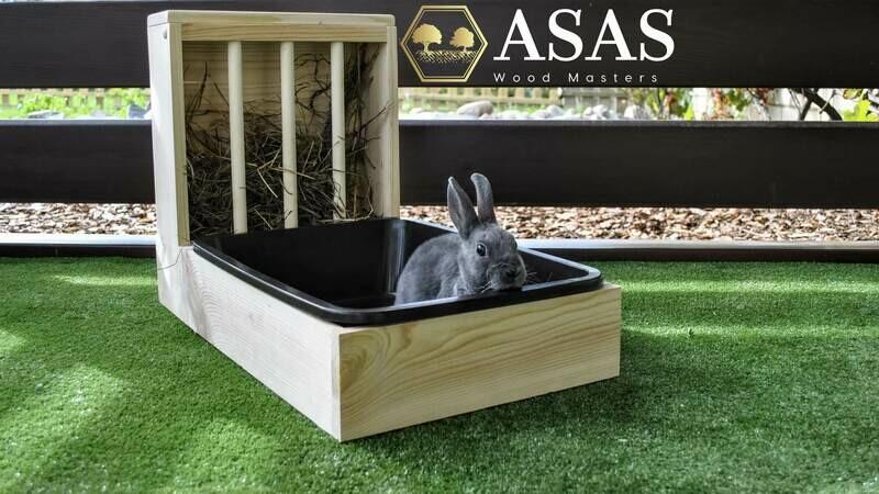 Bunny Rabbit Hay Feeder With Litter Box / MEDIUM