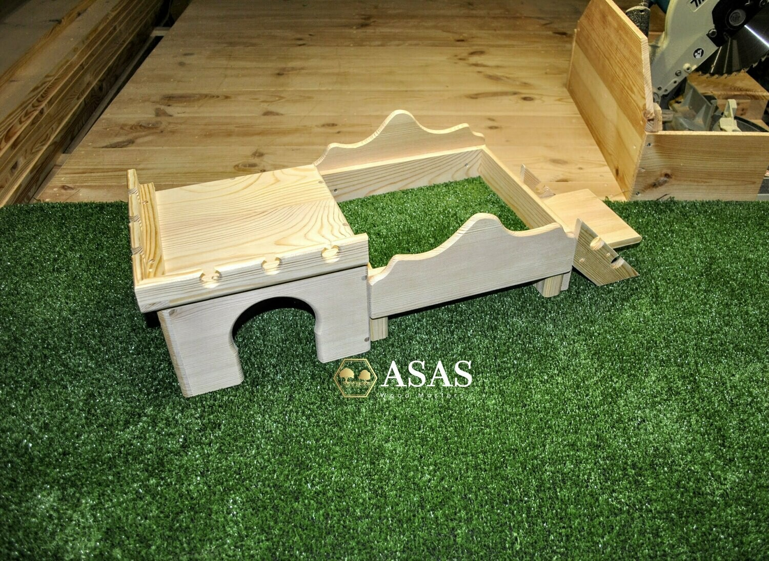 Guinea Pig house | Chinchilla house | Chinchilla castle and bed