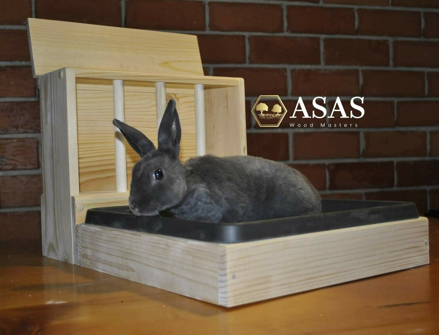 Bunny Rabbit Hay Feeder With Litter Box / SMALL