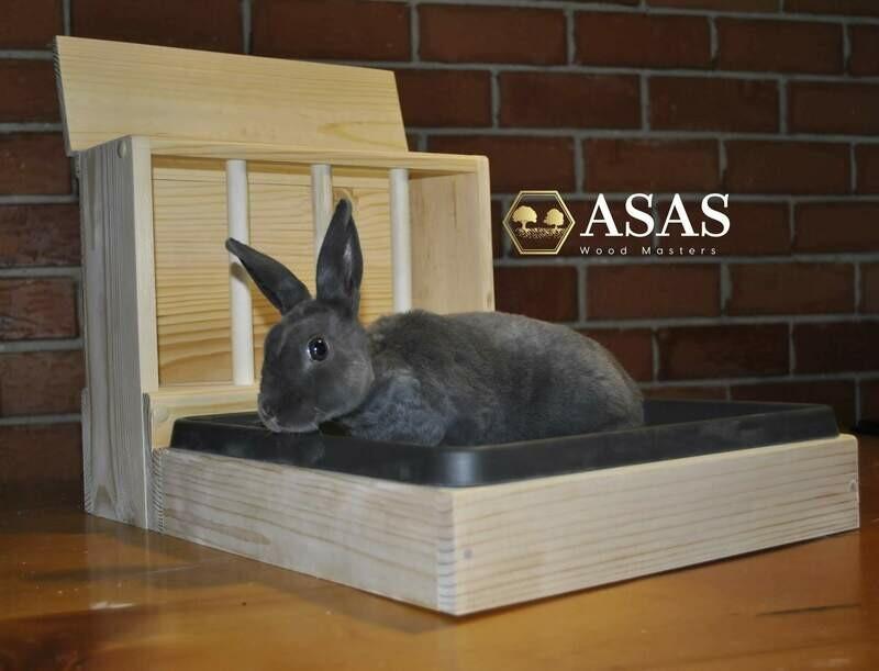 Bunny Rabbit Hay Feeder With Litter Box / SMALL