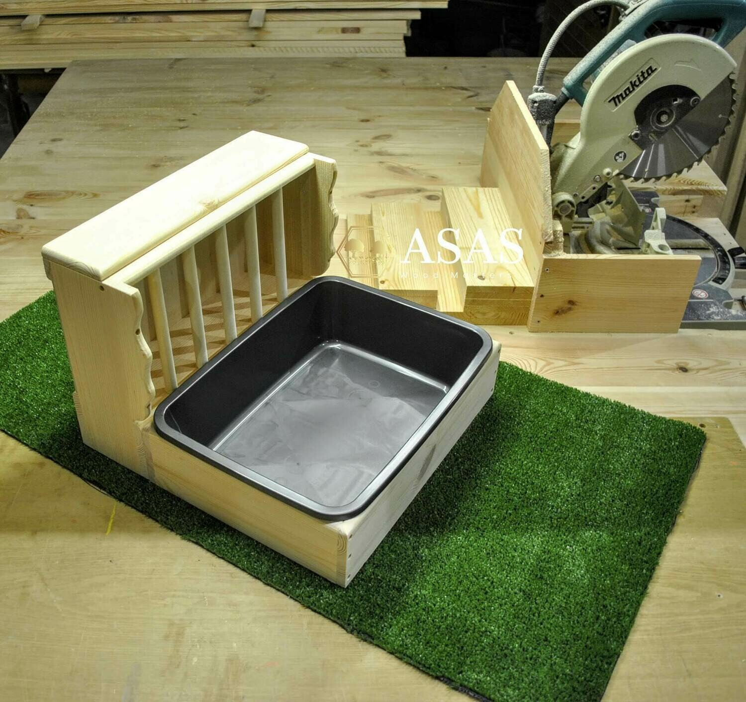 Bunny Rabbit Hay Feeder With Litter Box / MEDIUM