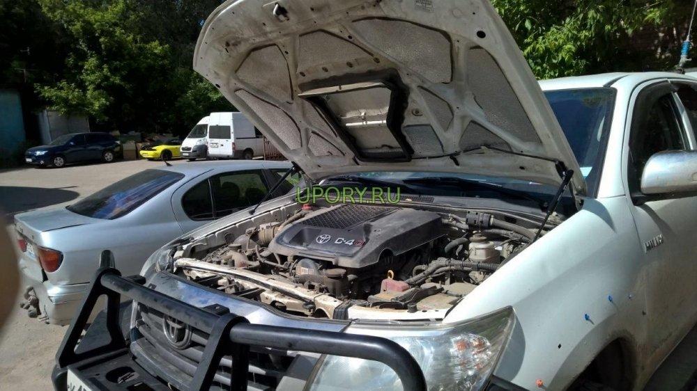 Комплект амортизаторов (упоров) капота для Toyota Hilux 2010-2015