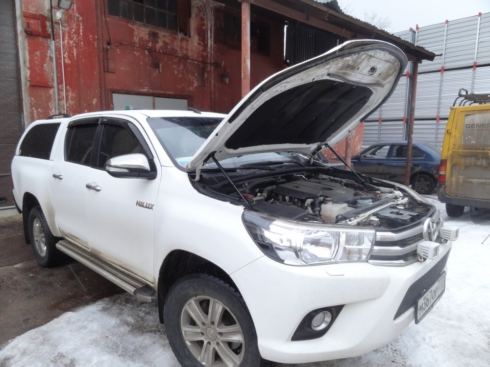 Комплект амортизаторов (упоров) капота для Toyota Hilux 2015+