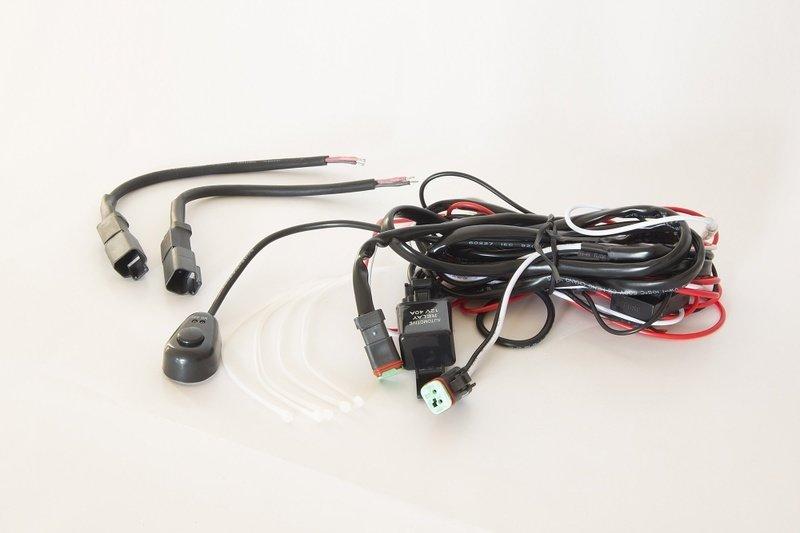 Провода для подключения двух светодиодных фар (20А) Стократ 00524