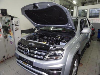 Комплект амортизаторов (упоров) капота для Volkswagen Amarok (2010 - )