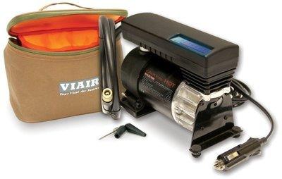 Автомобильный компрессор переносной 12v viair 77p 00077v