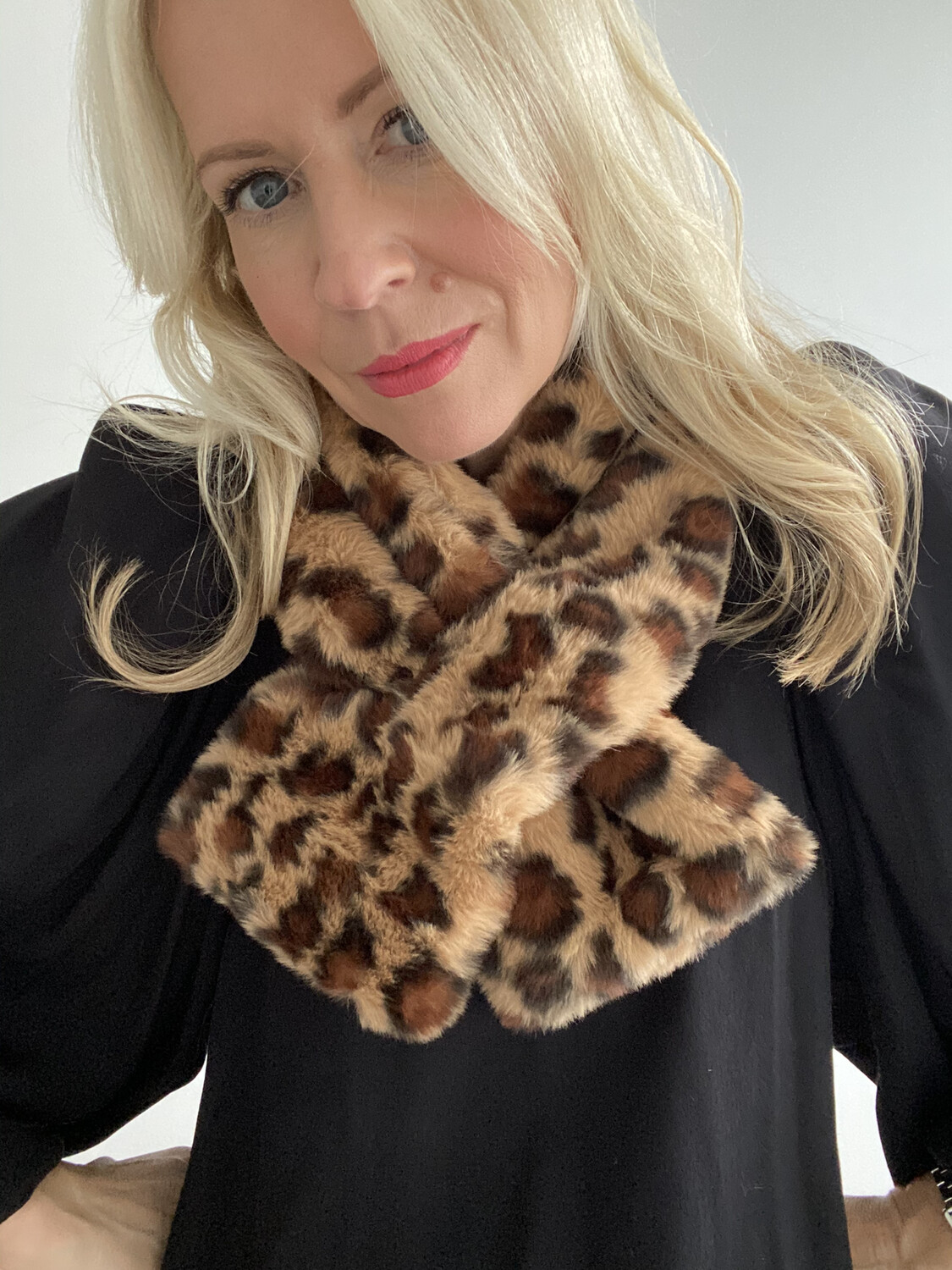 Leopard Faux Fur Scarf Brown