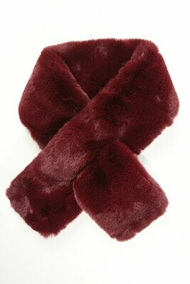 Faux Fur Scarf Berry