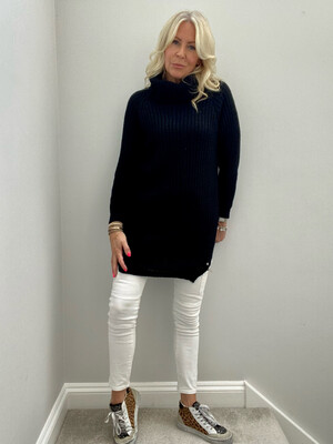 Mollie Long Knit Black