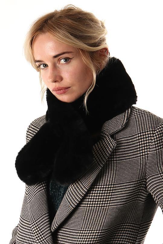 Faux Fur Scarf Black
