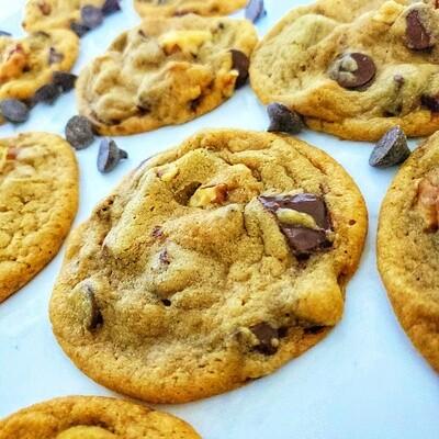 Chocolate Chip Cookies (Dozen)
