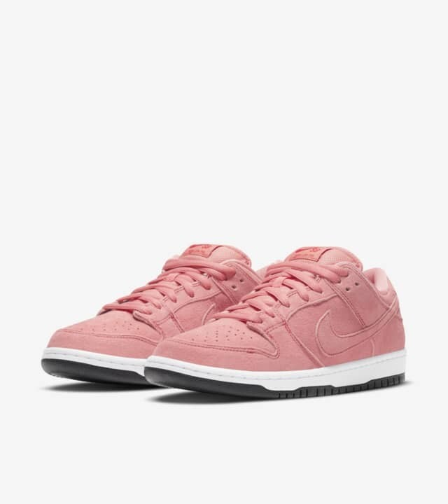 SB Dunk Low Pro Pink Pig
