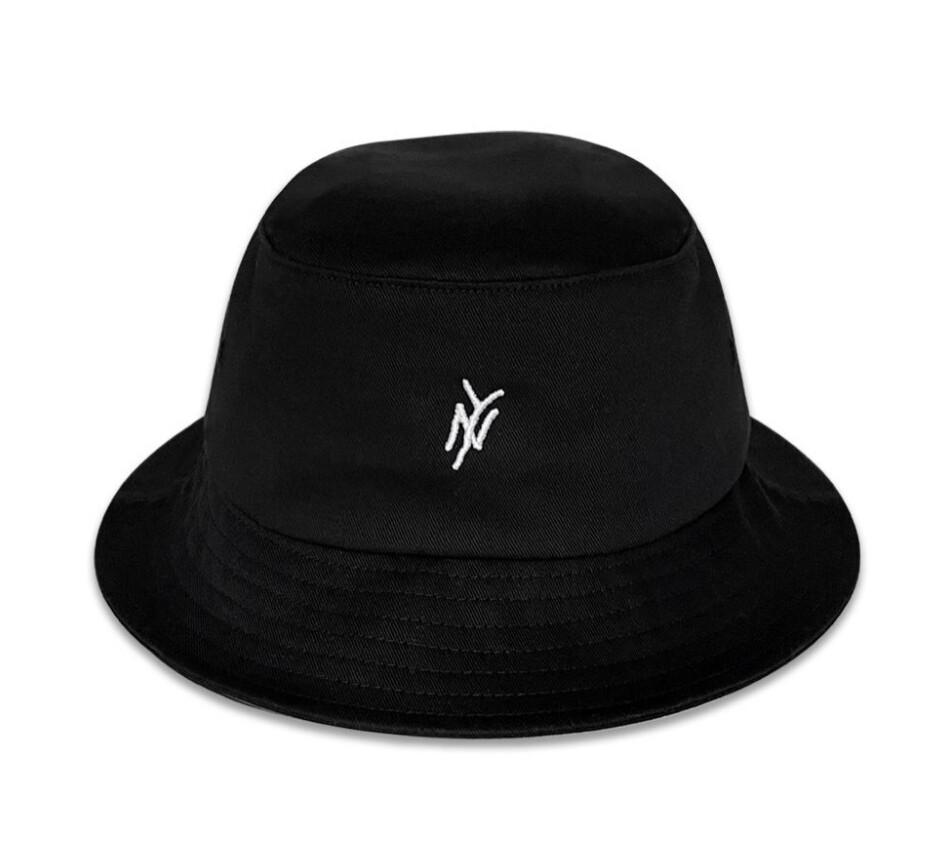 5B NY LOGO BUCKET HAT BLACK - SIZE M/L