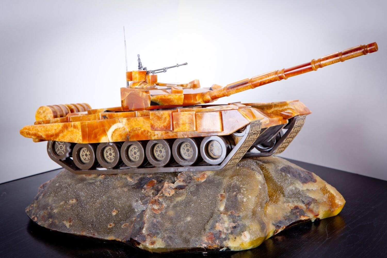 Model Tank T-90