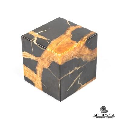 Куб Симбирцит