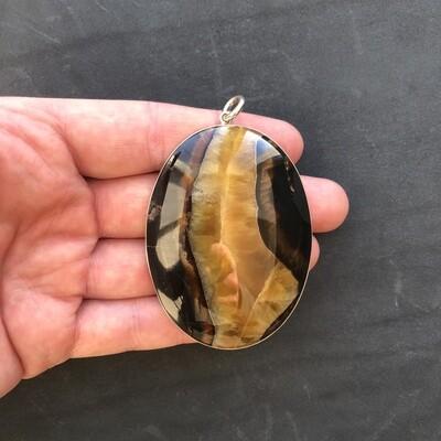 Pendant with stone Simbircite