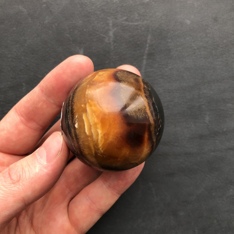 Sphere of stone Simbircite Ø 50-55 mm