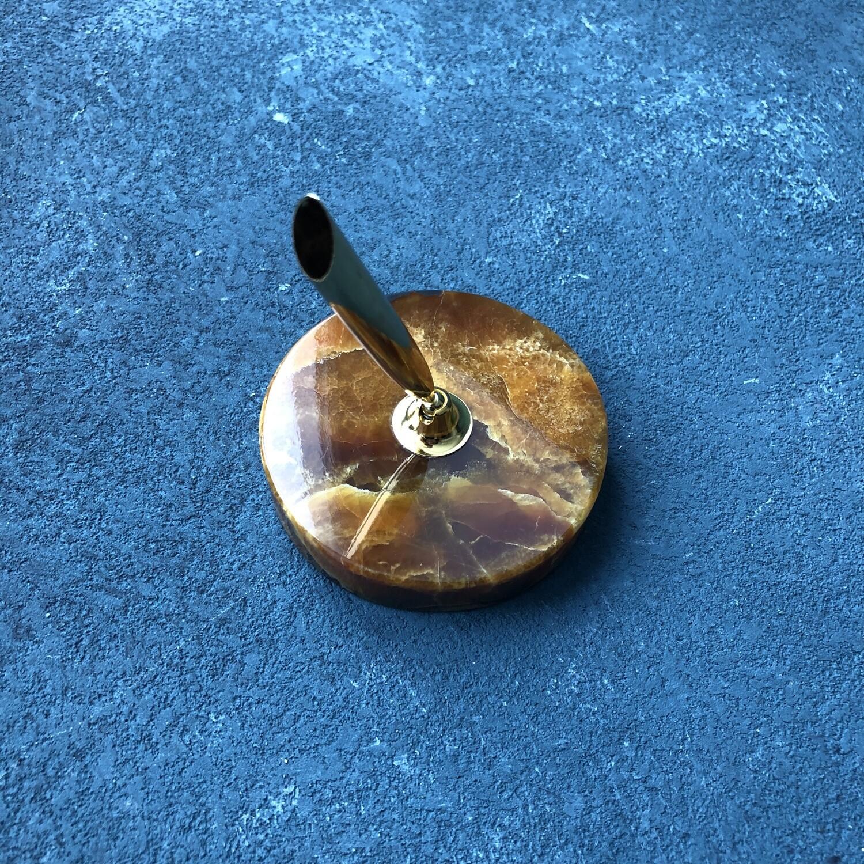 Подставка под ручку из камня Симбирцит