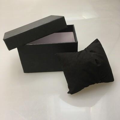 Cardboard box for jewelry