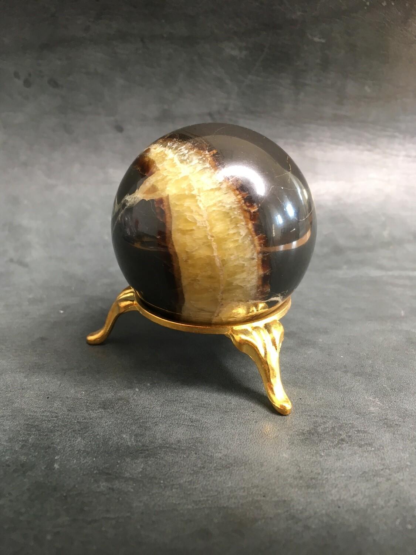 Ball stand