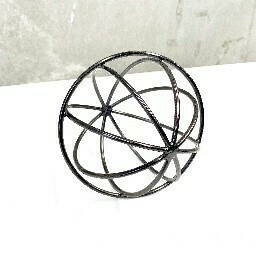 BLACK METAL KNOT BALL