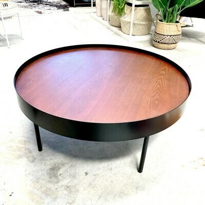 FURNITURE - COFFEE TABLE / BLACK & WALNUT