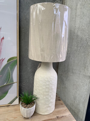 CERAMIC BASE TABLE LAMP