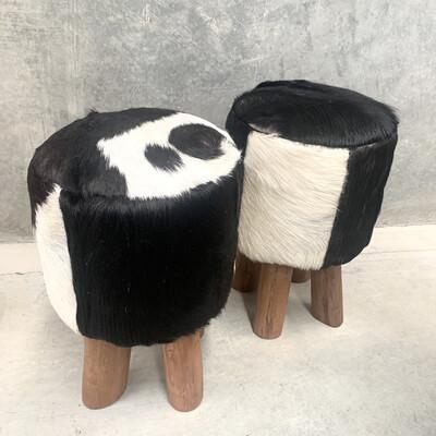 FURNITURE - RODEO STOOL BLACK & WHITE